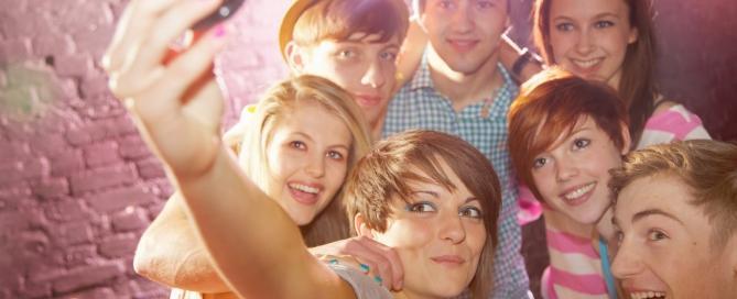 Группа общения для подростков Диалог